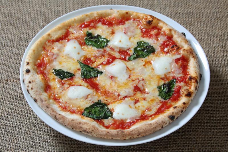 ピッツァ・マルゲリータ Pizza Margherita